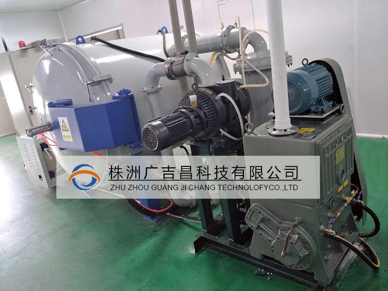 直阻式碳化炉